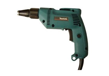 may-van-vit-makita-6821